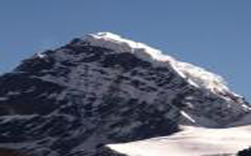 Naya kanga Peak Climbing (5,846m/ 19,180ft)-17 Days