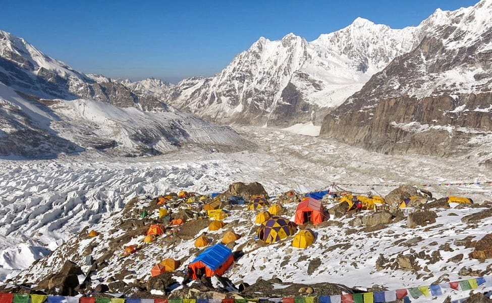 knchenjunga base camp trekking